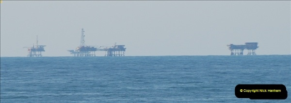 2012-06-02 North Sea Oil & Gas Platforms, Wind Farms & The River Thames.  (16)0570
