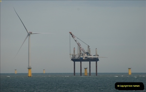 2012-06-02 North Sea Oil & Gas Platforms, Wind Farms & The River Thames.  (45)0599