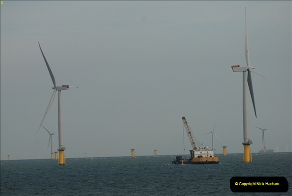 2012-06-02 North Sea Oil & Gas Platforms, Wind Farms & The River Thames.  (48)0602