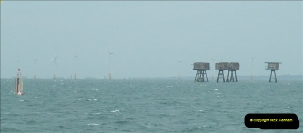 2012-06-02 North Sea Oil & Gas Platforms, Wind Farms & The River Thames.  (56)0610