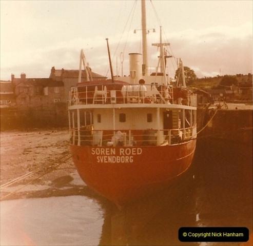 1975-09. Brixham, Devon.  (2)024