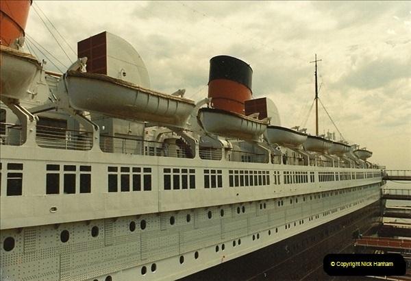 1982-08-15 The Queen Mary @ Long Beach, California, USA.  (2)055