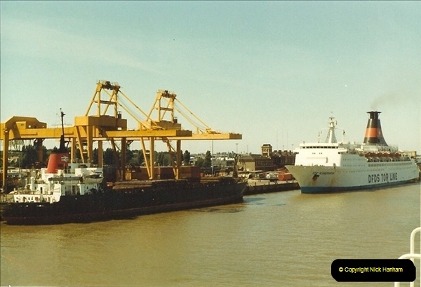 1983-07-10 Parkston Quay, Harwich, Essex.  (3)061