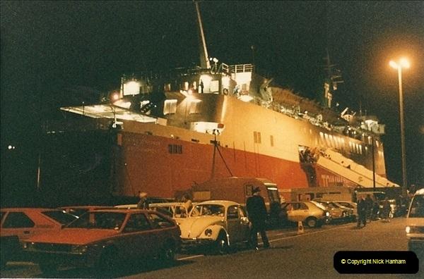 1985-09-03 PooleQuay, Dorset.  (1)108