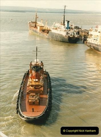 1985-09-03 PooleQuay, Dorset.  (4)111