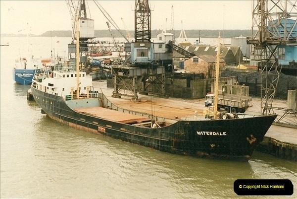 1985-09-03 PooleQuay, Dorset.  (5)112