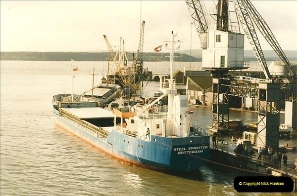 1985-09-03 PooleQuay, Dorset.  (8)115