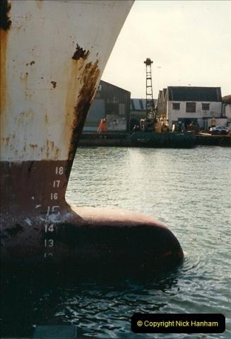 1989-02-20 Poole Quay, Dorset.  (3)163