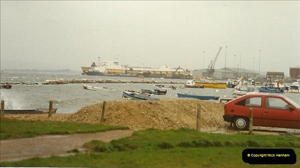 1989-10-20 Poole Quay, Dorset.  (1)176