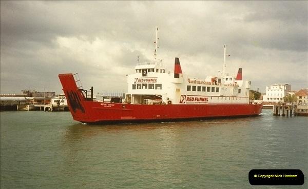 1990-03-25 Southampton, Hampshire.  (2)186