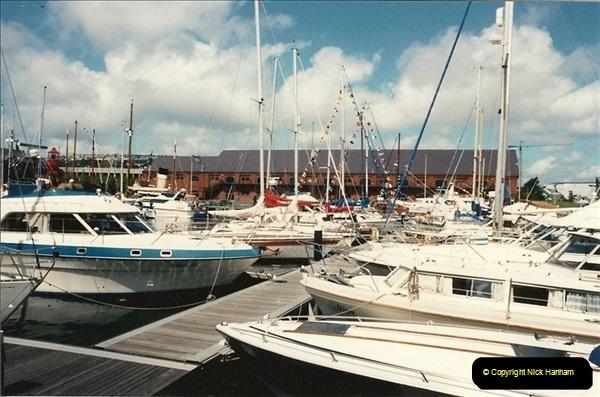 1992-07-19 Swansea, Glamorgan.  (8) 212