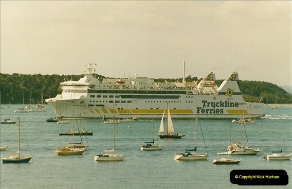 1993-09-04 Poole Harbour, Poole, Dorset.  (2)217