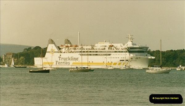 1993-09-04 Poole Harbour, Poole, Dorset.  (7)222