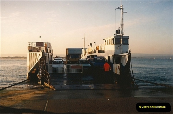 1994 January. Ferry No. 3 last days. The haven, Poole, Dorset.  (3)273