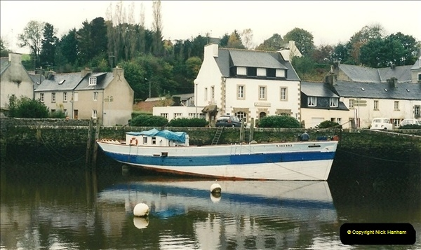 1994-10-25. Roscoff & Morlaix Area, France.  (4)260