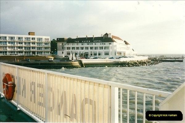 1996-02-02. Sandbanks, Poole, Dorset.  (3)336