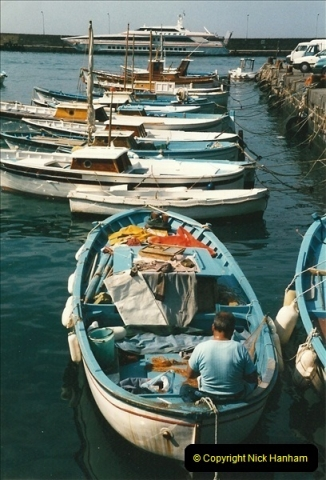 1998-05-06. The Island of Capri, Italy.  (18)411