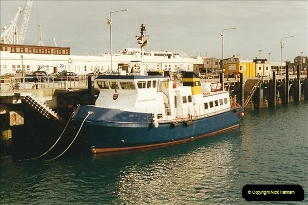 1999-03-12 Weymouth, Dorset.  (2)444