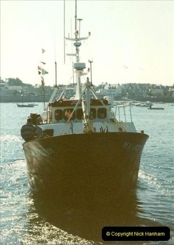 1999-03-13. Guernsey, CI.  (3)447