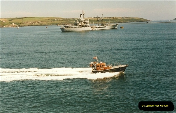 1999-07-08. Plymouth, Devon.  (4)453