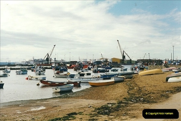 1999-08-08. Poole, Harbour, Dorset. (2)468