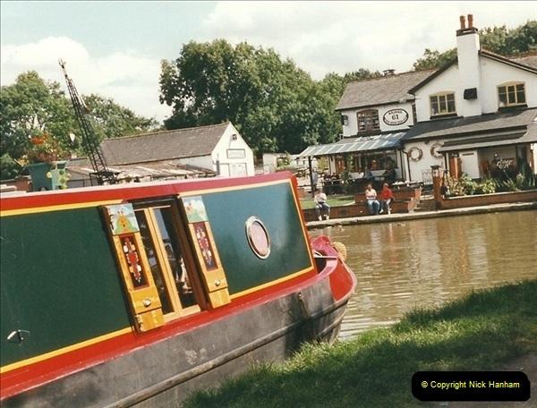 1999-08-13. Foxton Locks, Near Market Harborough, Leics.  (7)477