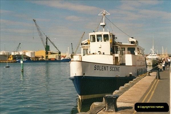 2000-09-03 Poole Quay, Dorset.  (3)497