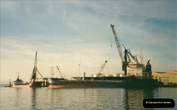 2001-01-28 Poole Quay, Dorset.  (6)525