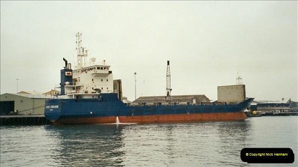 2002-01-04 Poole Quay, Dorset.557