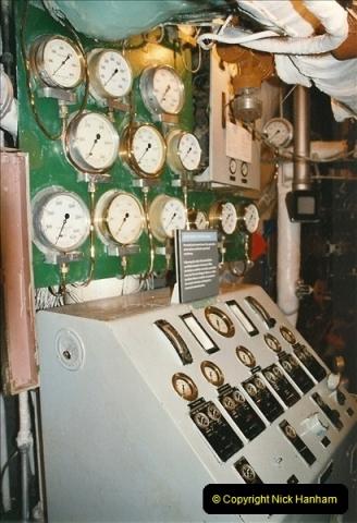 2002-06-17. HMS Belfast, London. (29)601