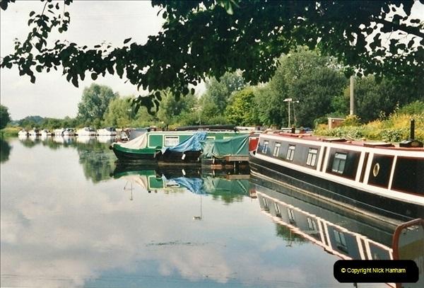 2002-08-08. Near Hoddesdon, Hertfordshire.616