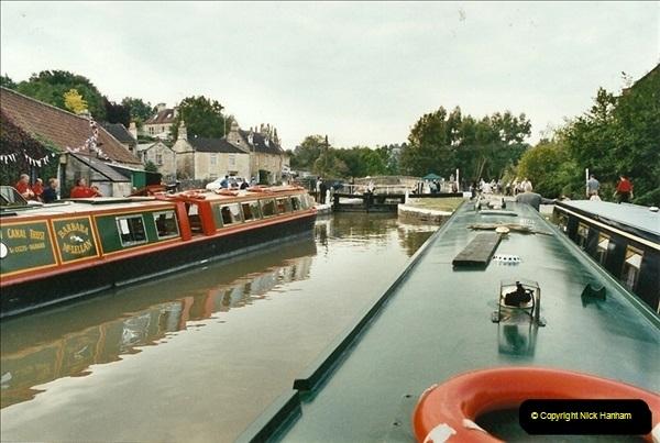 2002-09-28 to 10-04. Kennet & Avon Canal & River Trowbridge to Bristol. (5)621