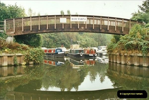2002-09-28 to 10-04. Kennet & Avon Canal & River Trowbridge to Bristol. (25)641