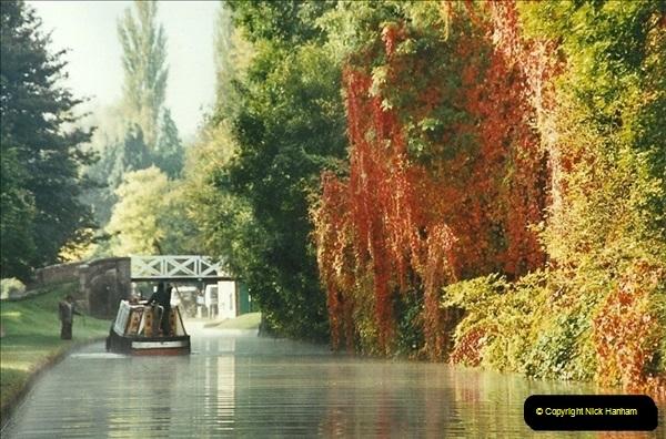 2002-09-28 to 10-04. Kennet & Avon Canal & River Trowbridge to Bristol. (42)658
