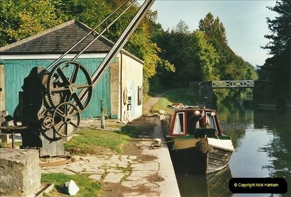 2002-09-28 to 10-04. Kennet & Avon Canal & River Trowbridge to Bristol. (43)659