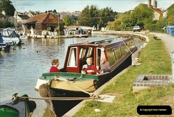 2002-09-28 to 10-04. Kennet & Avon Canal & River Trowbridge to Bristol. (47)663