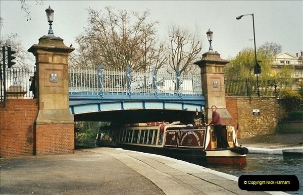 2003-03-29. Regents Canal, Camden, London. (8)676