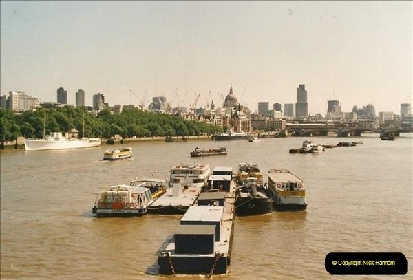 2003-03-29. Regents Canal, Camden, London. (9)677