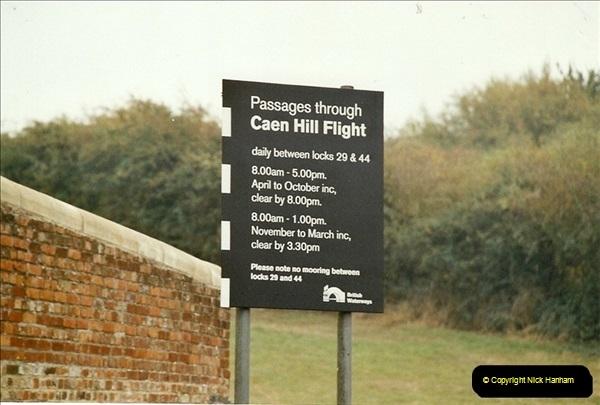 2003-09-21 to 27. Kennet & Avon Canal Cane Flight Locks to Bath.  (11)700
