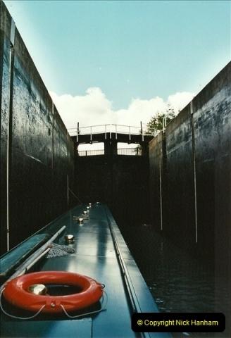 2003-09-21 to 27. Kennet & Avon Canal Cane Flight Locks to Bath.  (25)714