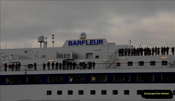 2011-02-28 The Barfleur Returns to Poole.  (19)019
