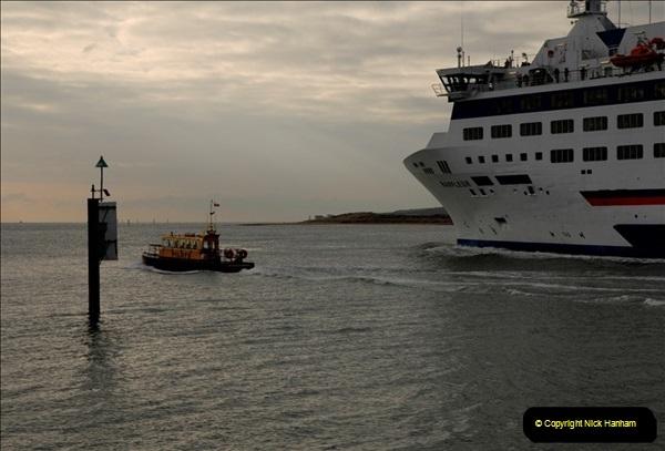 2011-02-28 The Barfleur Returns to Poole.  (20)020