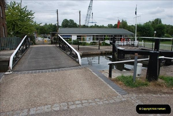 2011-08-06 The Lee Navigation, St. Margarets, Hertfordshire.  (22)218