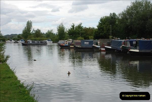 2011-08-06 The Lee Navigation, St. Margarets, Hertfordshire.  (43)239