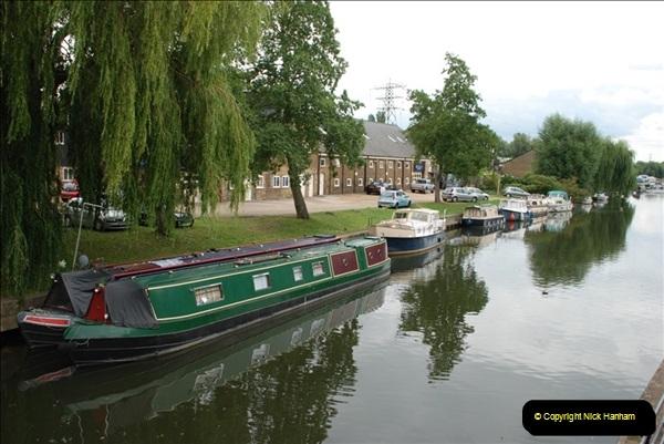 2011-08-06 The Lee Navigation, St. Margarets, Hertfordshire.  (56)252