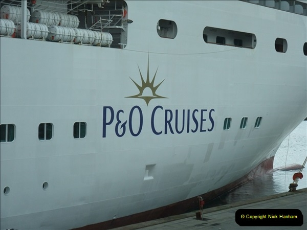 2012-05-22 P&O Arcadia ship visit.  (25)025