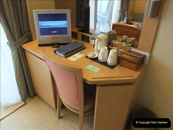 2012-05-22 P&O Arcadia ship visit.  (50)050