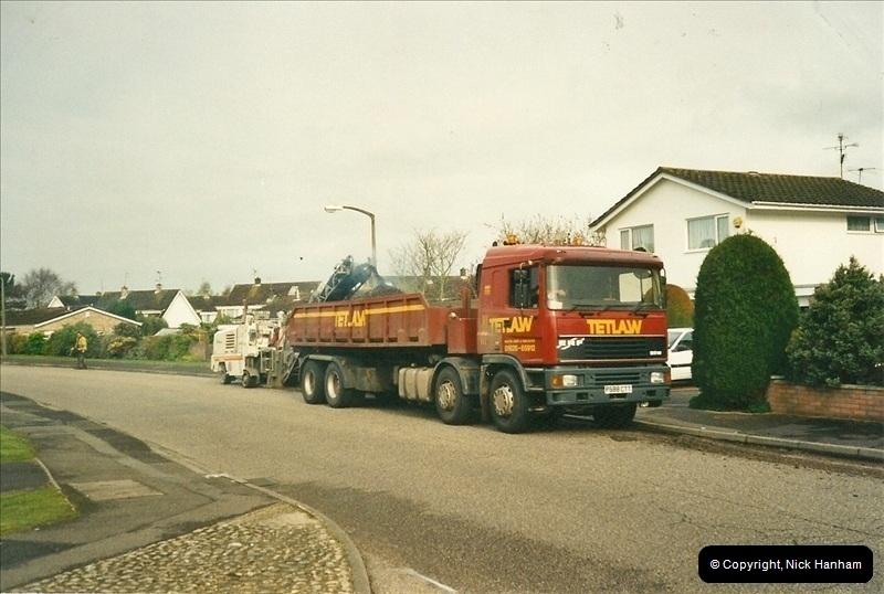 2000-04-13. Resurfacing work, Poole, Dorset. (3)053053