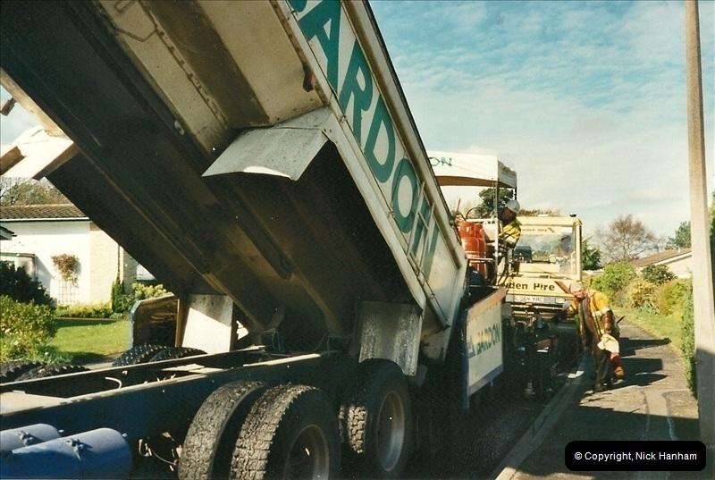2000-04-13. Resurfacing work, Poole, Dorset. (11)061061