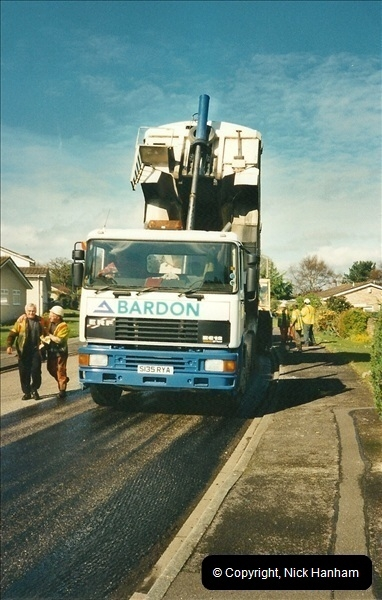 2000-04-13. Resurfacing work, Poole, Dorset. (12)062062